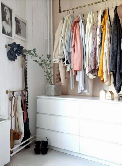 Если шкаф некуда поставить: альтернативные варианты хранения вещей, заслуживающие внимания...